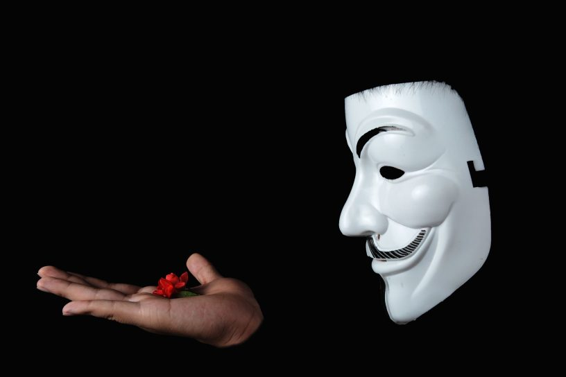 The Narcissist's Mask: How to detect it – Tereza's Health Blog